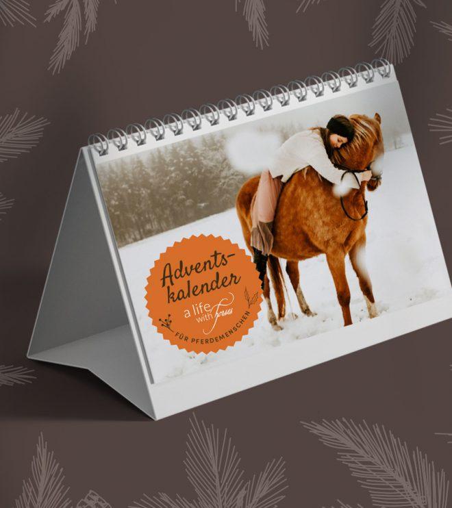 Tischkalender mit Pferdemotiv, Mädchen umarmt Pferd